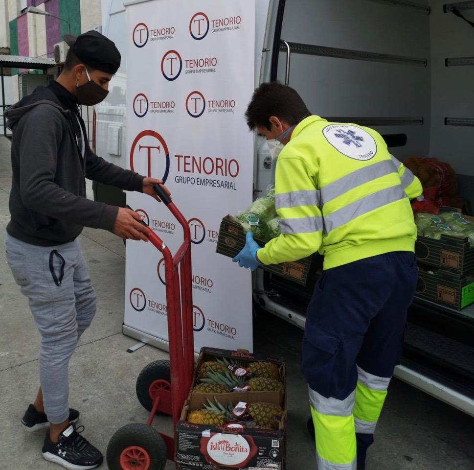 https://ambulancias-malaga.com/wp-content/uploads/2020/04/ASM-colabora-con-varias-organizaciones-de-Málaga-donando-alimentos.jpeg